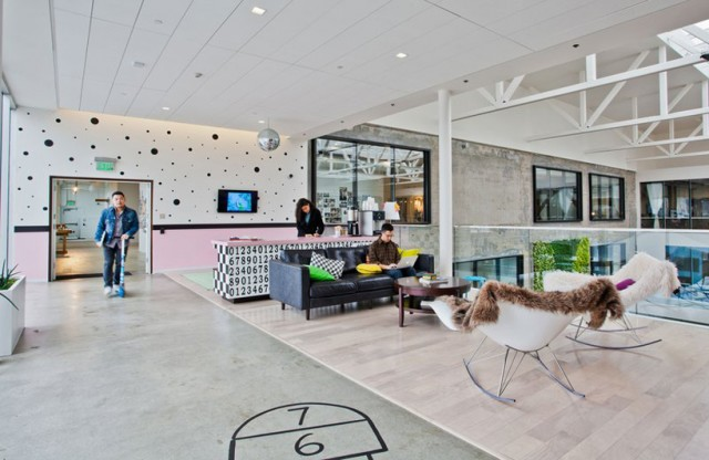 Airbnb-Office-Architecture-5-caligramma